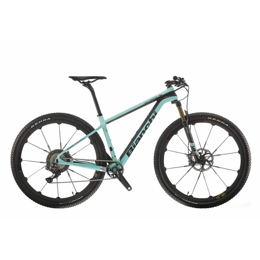 BIANCHI METHANOL CV TEAM EDITION XTR Di2 11sp Cobalt 11 kerékpár